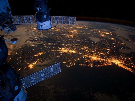 Wykorzystanie fotografii izdjęć satelitarnych do pozyskiwania informacji ośrodowisku geograficznym