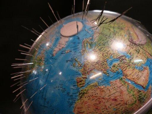 Źródło, cechy iznaczenie pola magnetycznego Ziemi
