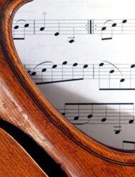Wytwarzanie dźwięków winstrumentach muzycznych
