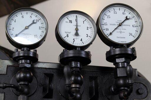 0457 Analizujemy przepływ energii wpostaci ciepła ipracy mechanicznej wsilnikach ipompach cieplnych.