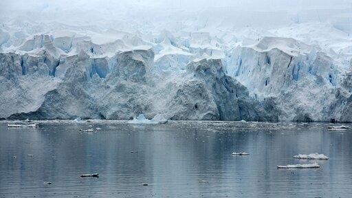 Rozpoznawanie form związanych zdziałalnością lodowca górskiego