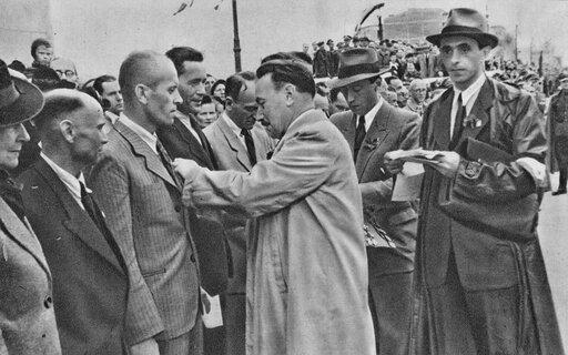 Zdobycie władzy przez komunistów – podsumowanie