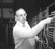 Muzyka konkretna ielektroniczna Karleinza Stockhauzena