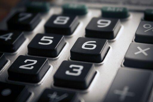 0008 Do czego fizykowi potrzebny jest kalkulator?