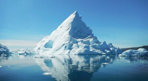 0436 Dlaczego lód pływa po wodzie?