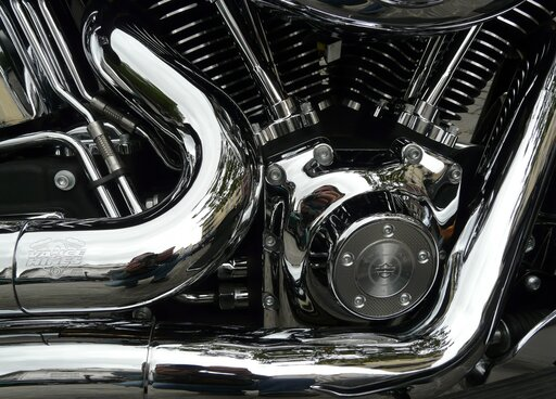 0245 Działanie silnika spalinowego wświetle praw mechaniki