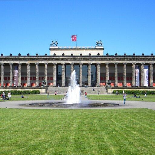 Echa starożytności wklasycystycznej architekturze Francji iNiemiec