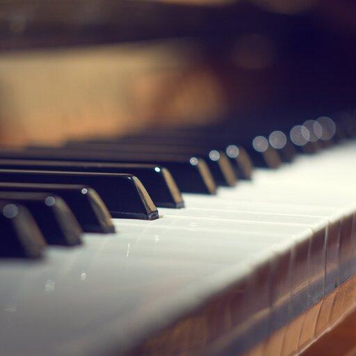 Analityczne słuchanie muzyki klasycznej – forma, charakter, nastrój, wykonawca