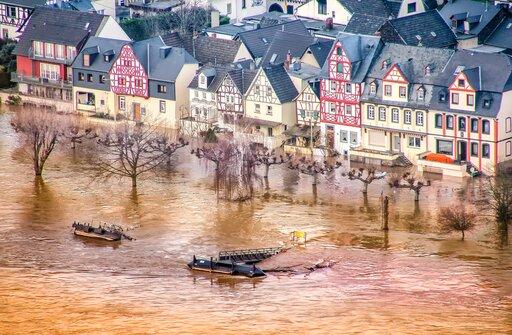 Powodzie iich przyczyny