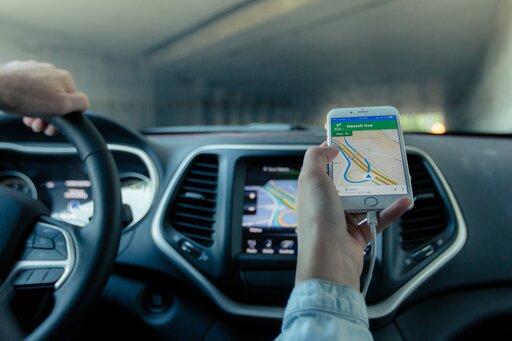 Praktyczne wykorzystanie odbiornika GPS przy dokumentowaniu prowadzonych obserwacji