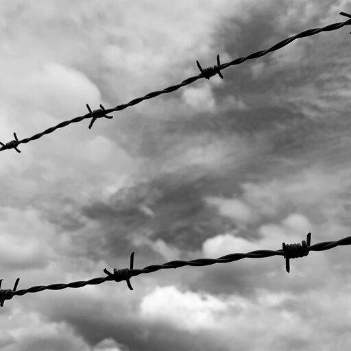 Łamanie praw człowieka