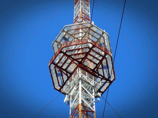 0708 Wytwarzanie iodbiór fal elektromagnetycznych (radiowych)